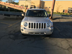 2008 Jeep Patriot Limited!