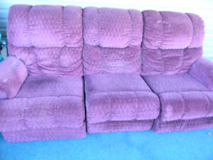 Lazy boy couch,seats 3, 2 recliners and love seat 2 recliners,