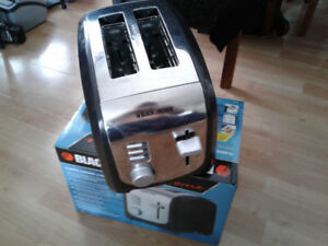 Grill pain 2 tranches Black and Decker