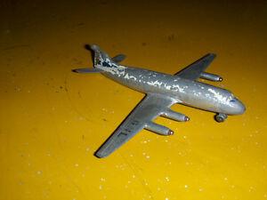 VISCOUNT AIRPLANE-NO. 706-DINKY TOYS-MECCANO-DAMAGED