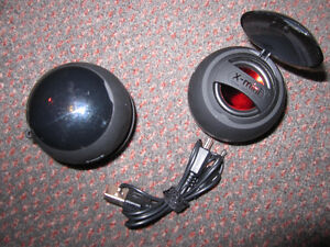 X-Mini™ V1.1 Capsule Speaker Twin-Pack - NEW, out of Pack Kitchener / Waterloo Kitchener Area image 5