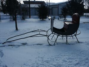 Like new sleigh for large horse