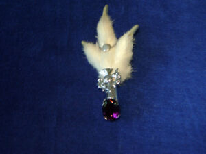 GROUSE CLAW KILT PIN WITH AMETHYST,  NEW