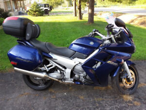 2005 Yamaha FJR 1300 REDUCED FIRM $2000