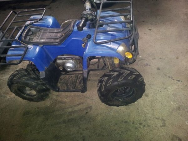 Used 2013 GIO 110cc automatic starter electric manette des gaz a