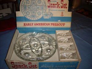 TV SNACK PLATES/CUPS