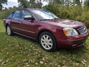 2005 Ford Five Hundred Limited  All-Wheel Drive Sunroof