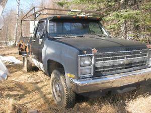 1985 GMC Sierra 2500 Pickup Truck