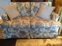 BEAUTIFUL VINTAGE COUCH & LOVESEAT FOR SALE