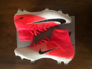 7afd64cde0c1b9 Brand new untouched Nike superfly ! Size 11.5 fits size 11 too