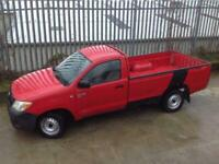 2005 TOYOTA HILUX SINGLE CAB S/C 2.5 D4-D MANUAL DIESEL 4X2 RED