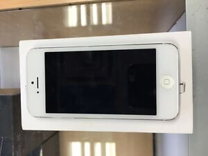 NEW IPHONE 5 16GB TELUS