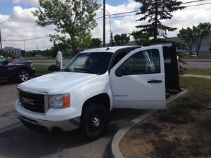 2010 GMC Sierra 2500HD SLE 6.0 Vortec OR BEST OFFER!!!
