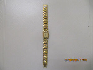 Wittnauer Ladies Gold Tone Swiss Movement Model CCK-2448 Watch