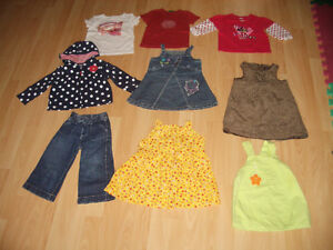 LOT - 17 - items of clothes for baby - Girl ----- size 12 - 18 m