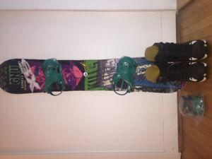 Planche à neige, fixations et bottes