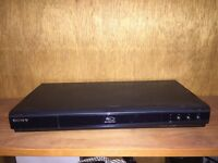 DVD Blu-Ray player