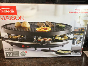 Brand New Trudeau Madison Party GrillGrill Set
