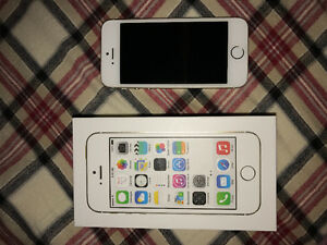 Gold iPhone 5s 16gb FOR SALE!