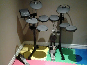 Yamaha DTX430K Electric Kit with Upgraded Snare (9 Pieces)