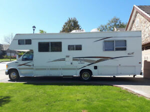 2001 Ford E450 Superduty - Class C Motorhome **Price Reduced**