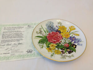 "Porcelaine Collector Plate ""Spring Morning: North Shore Greater Vancouver Area image 1"
