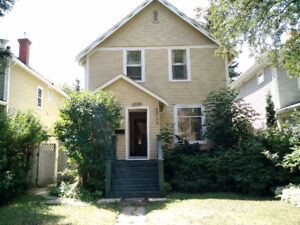 Two storey home near University of Alberta Hospital & U of A