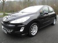08/58 PEUGEOT 308 1.6 SE 120 BHP 5DR HATCH IN BLACK WITH PANORAMIC ROOF