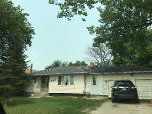 303 ridgecrest ave for rent available sep 1st