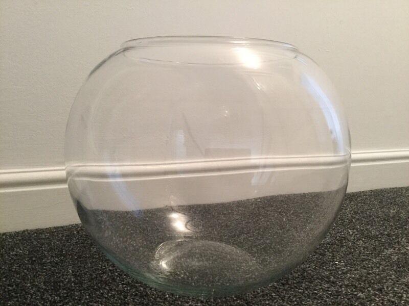 Extra Large Glass Goldfish Bowl In Kilmarnock East Ayrshire Gumtree