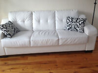 Sofa blanc presque neuf, parfait état