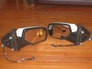 1 pair of truck mirrors