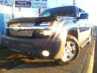 2002 CHEVROLET AVALANCHE Z71 4x4 = NEW TIRES= CLEAN CAR PROOF