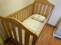 Mamas and papas cot bed brand new with mattress and bedding