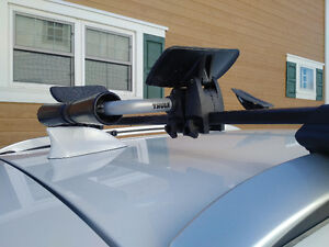 Thule Kayak holder with roller system