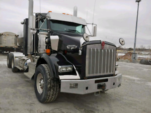 T800 Kenworth Day Cab (1 of 2)