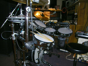 DRUM ELECTRONIC DRUMS