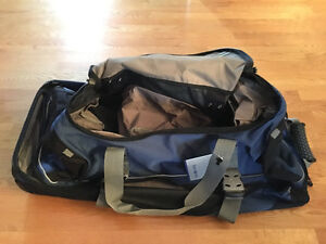SAMSONITE Travel Bag Wheel Sac Voyage NEW West Island Greater Montréal image 7
