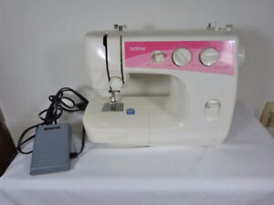 BROTHERS LS-2020p Portable Sewing Machine IN BOX