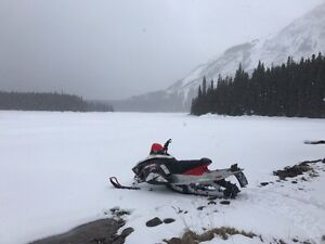 07 Skidoo Summit X 800(blown engine)