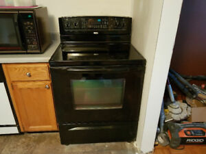 Whirlpool flat top electric stove