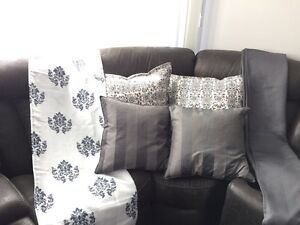 Curtains and matching pillows