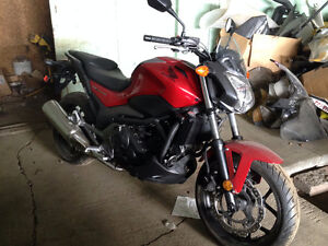 Brand New 2014 Honda NC750SA (ABS) / Selling at Dealer Cost!