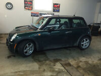 2006 MINI Classic Mini s Coupe (2 door)