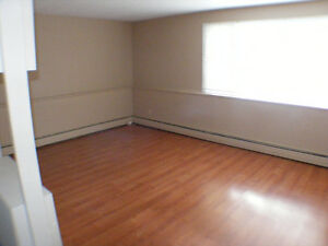 3 Bedroom East Hill Apartment(4-Plex) $925.00/mo