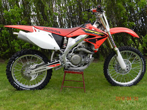 Low hour 2003 CRF450R