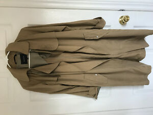 ARITZIA - BABATON XXS Trench Coat - ONLY WORN ONCE