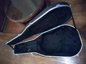 Gator - Acoustic Hard Shell  Case