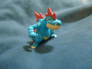 Feraligatr Pokémon Official Tomy Stamped Figure