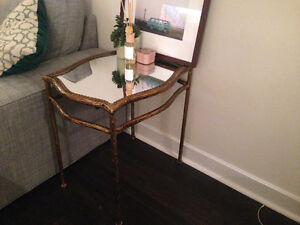 $110 - Unique Mirror-top Side Table